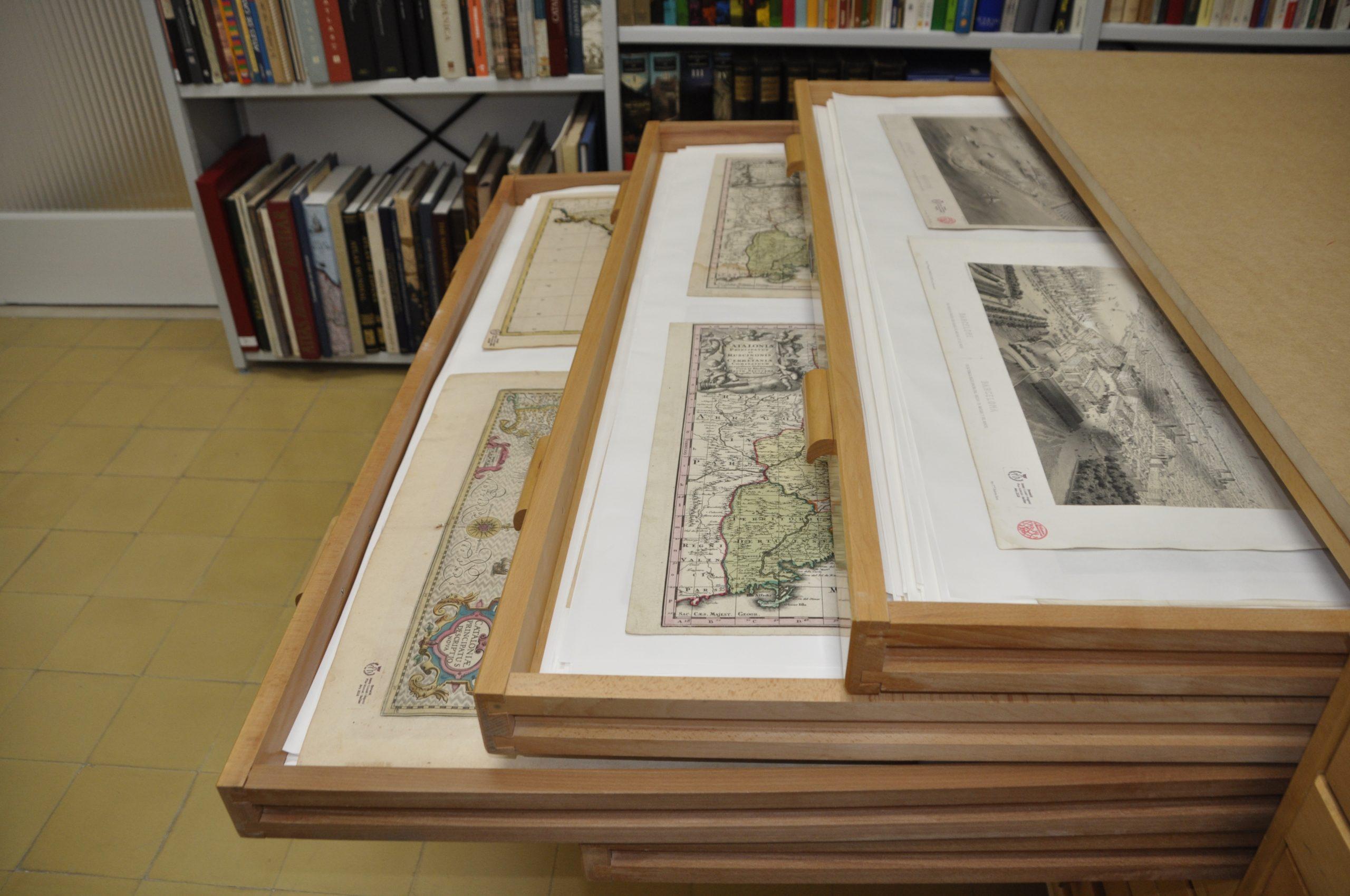 Coleccions Mapes Biblioteca de Montserrat