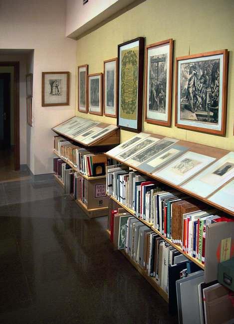 Biblioteca Exposicions 11 Biblioteca de Montserrat