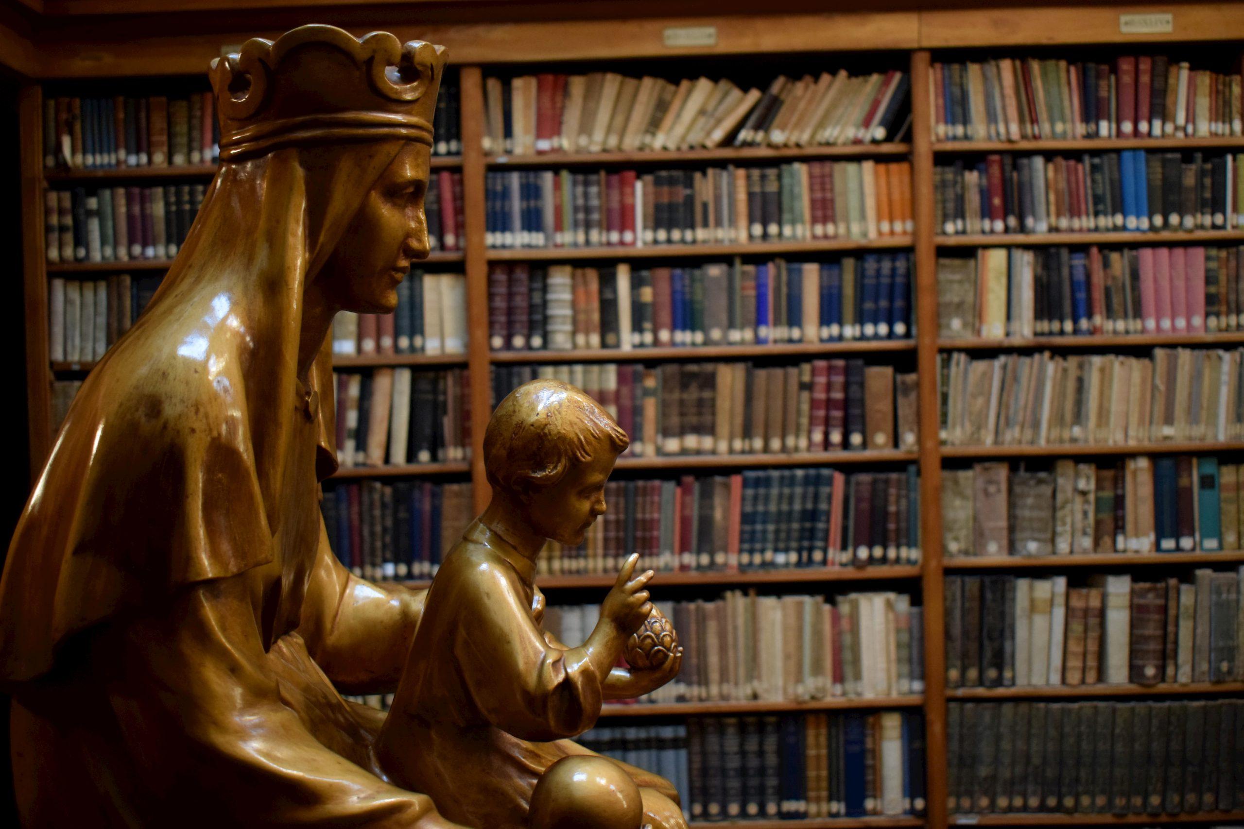 Colabora Virgen Biblioteca de Montserrat